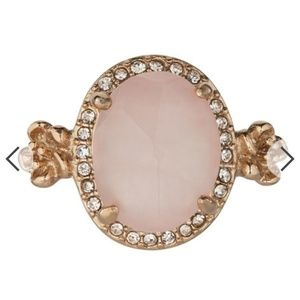 Petalette ring pink gold antique